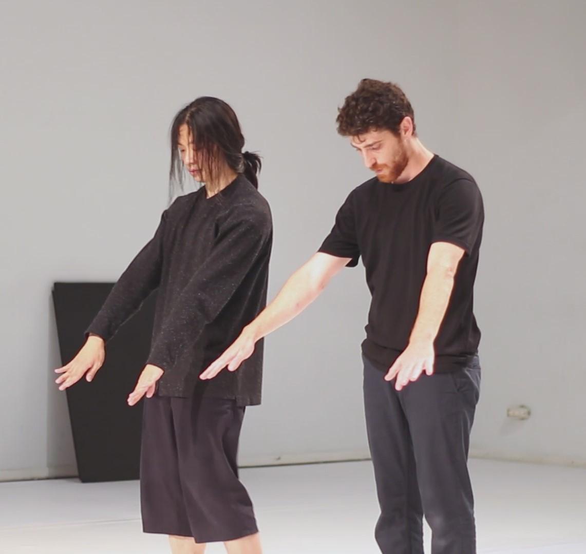 Far & Middle שיתוף פעולה עם הכוריאוגרף יאנג ג'אן (סין)